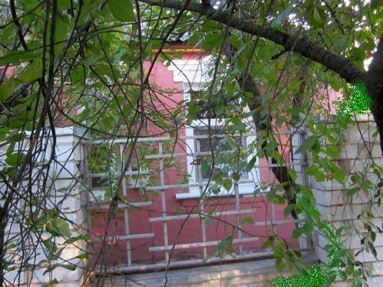 Продам ? пол дома, г. Харьков                               в р-не Восточный возле м. <strong>Индустриальная</strong>                                  фото