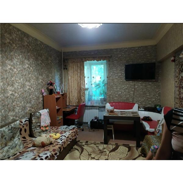 Продам ? гостинка, г. Харьков                               в р-не Аэропорт                                 фото