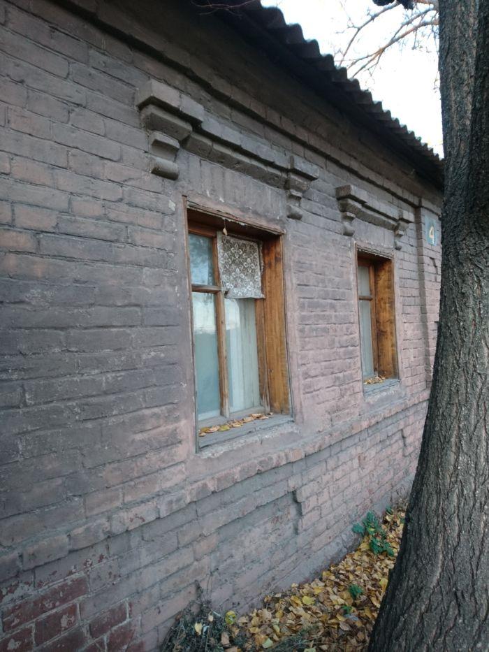 Продам ? пол дома, г. Харьков                               в р-не Холодная гора возле м. <strong>Холодная гора</strong>                                  фото