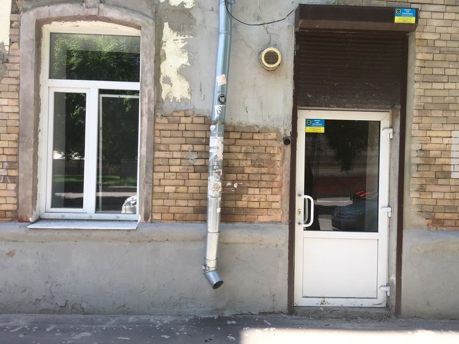 Сдам долгосрочно 3 к, г. Харьков                               в р-не Площадь Руднева                                 фото