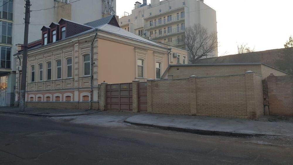 Продам ? дом, г. Харьков                               в р-не Центр                                 фото