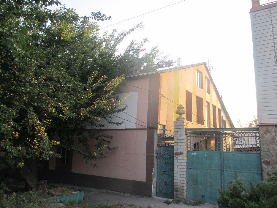 Сдам посуточно пол дома, г. Харьков                               в р-не ЮЖД возле м. <strong>Южный вокзал</strong>                                  фото