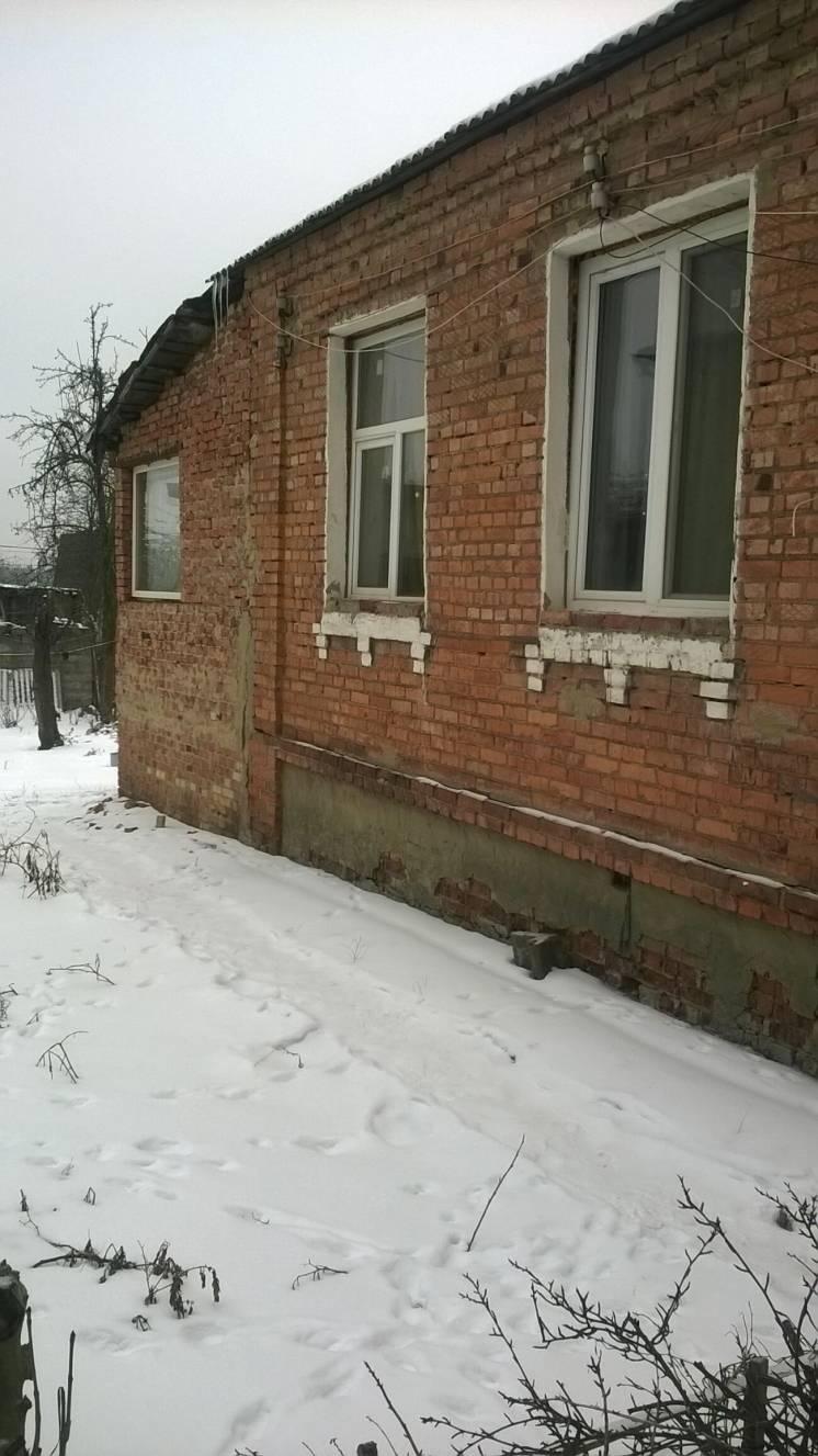 Продам ? пол дома, г. Харьков                               в р-не Залютино                                 фото