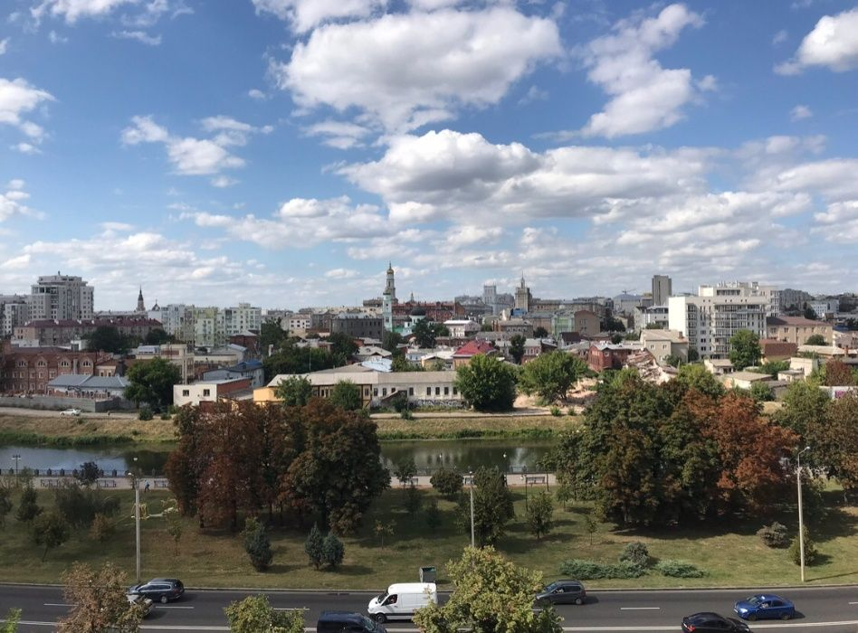 Продам ? 3 к, г. Харьков                               в р-не Гагарина возле м. <strong>Гагарина</strong>                                  фото