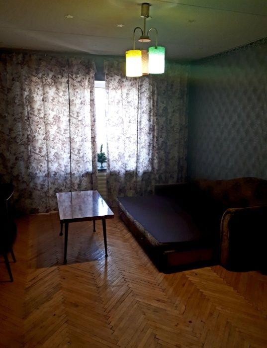 Сдам долгосрочно гостинка, г. Киев                               в р-не Оболонь возле м. <strong>Героев Днепра</strong>                                  фото