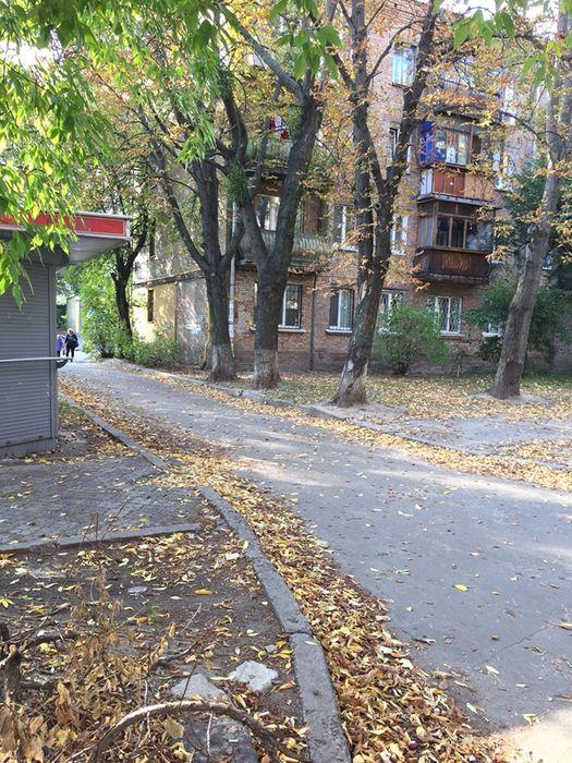 Продам ? 2 к, г. Киев                               в р-не Караваевы дачи возле м. <strong>Шулявская</strong>                                  фото