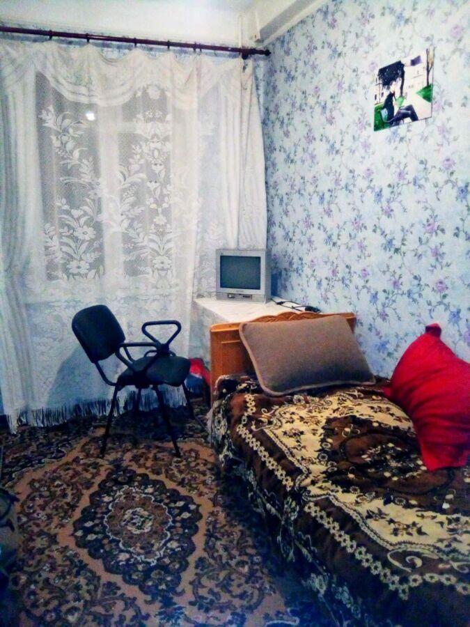 Сдам долгосрочно комната, г. Киев                               в р-не Караваевы дачи                                 фото