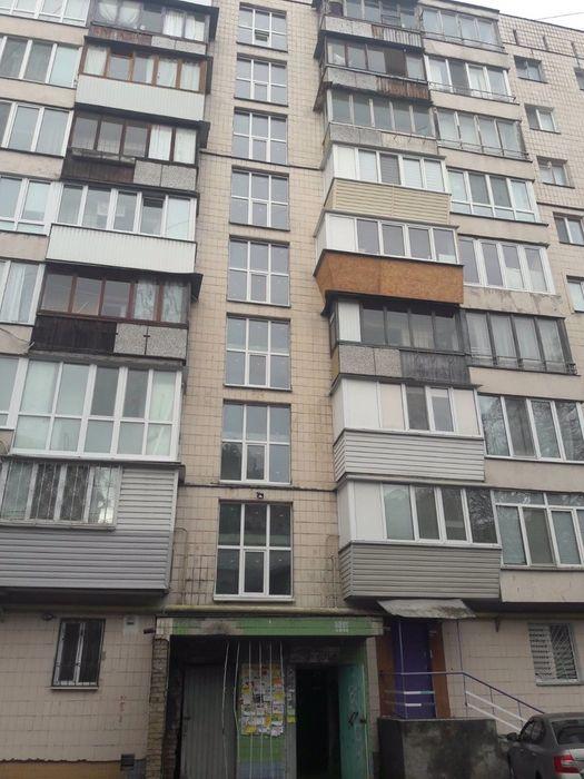 Продам ? 2 к, г. Киев                               в р-не Сырец возле м. <strong>Берестейская</strong>                                  фото