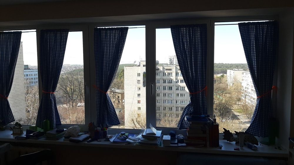 Продам ? гостинка, г. Киев                               в р-не Святошино возле м. <strong>Житомирская</strong>                                  фото