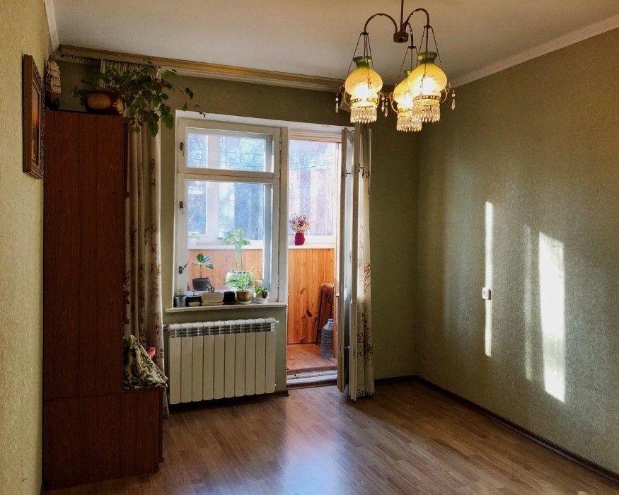 Продам ? гостинка, г. Киев                               в р-не Лукьяновка возле м. <strong>Лукьяновская</strong>                                  фото