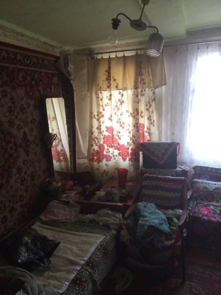 Продам ? пол дома, г. Киев                               в р-не Демеевка возле м. <strong>Демиевская</strong>                                  фото