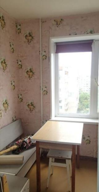 Продам ? гостинка, г. Киев                               в р-не Борщаговка                                 фото