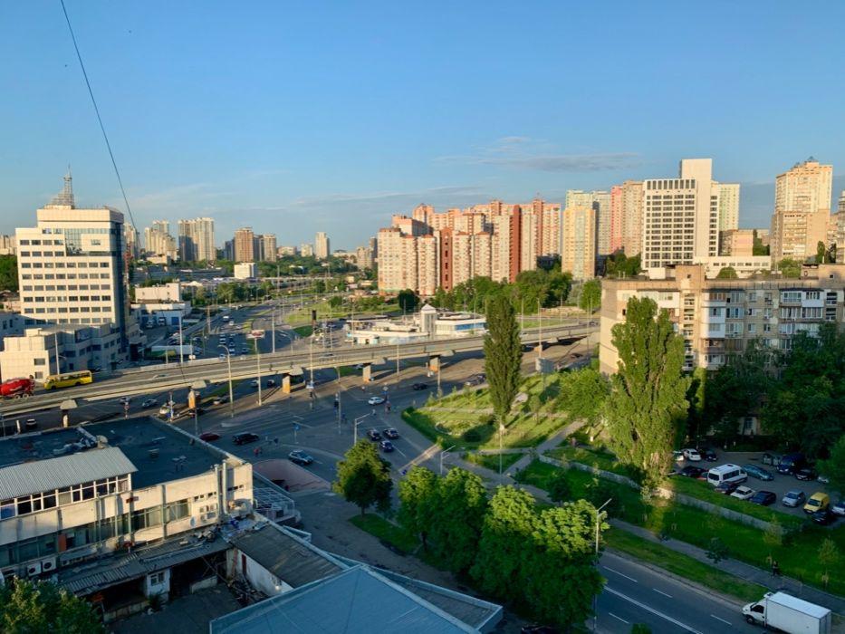 Продам ? 3 к, г. Киев                               в р-не Демеевка возле м. <strong>Демиевская</strong>                                  фото