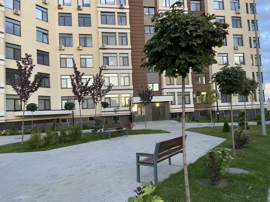 Продам ? 2 к, г. Киев                               в р-не Голосеево                                 фото