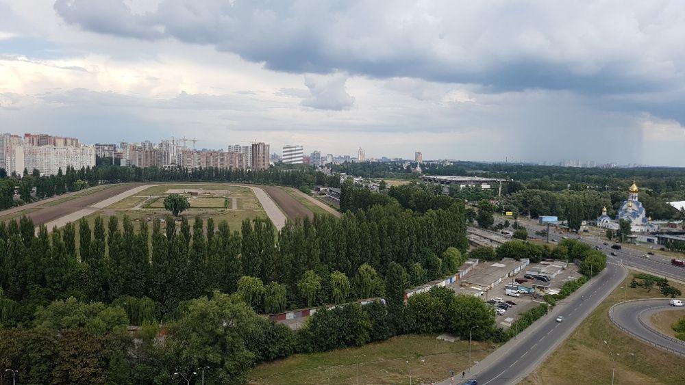 Продам ? 2 к, г. Киев                               в р-не Теремки возле м. <strong>Теремки</strong>                                  фото