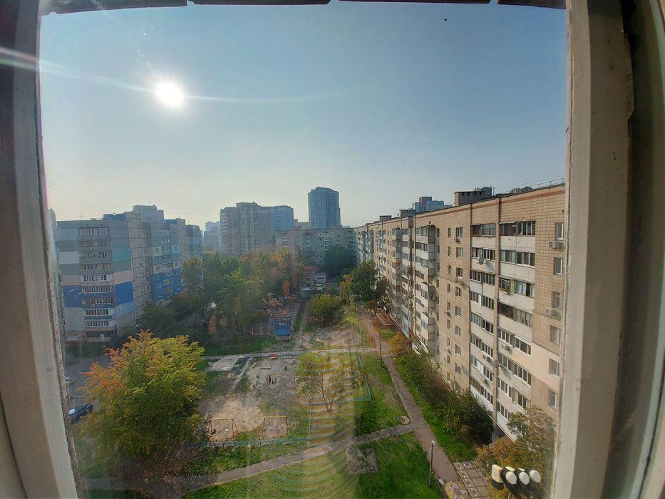 Продам ? 2 к, г. Киев                               в р-не Харьковский возле м. <strong>Харьковская</strong>                                  фото