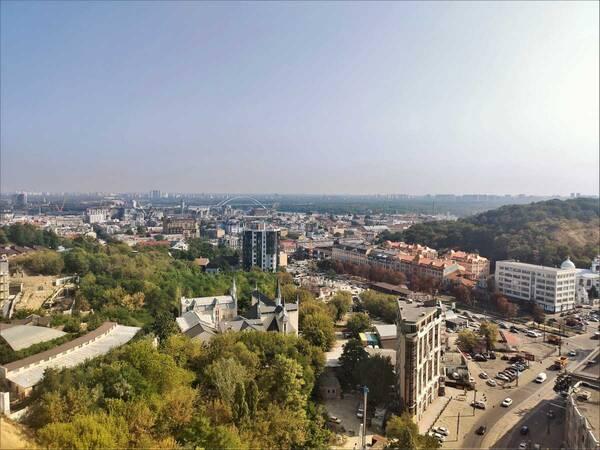 Продам ? 2 к, г. Киев                               в р-не Лукьяновка возле м. <strong>Контрактовая площадь</strong>                                  фото