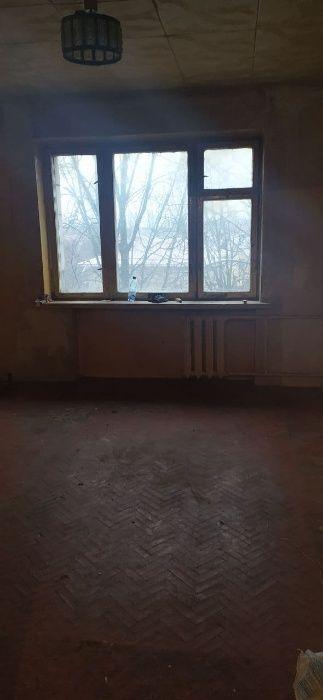 Продам ? гостинка, г. Киев                               в р-не Беличи возле м. <strong>Академгородок</strong>                                  фото