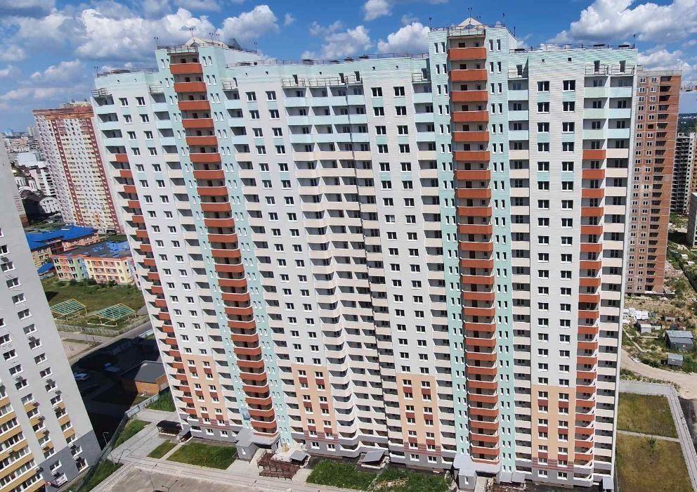 Продам ? 1 к, г. Киев                               в р-не Осокорки возле м. <strong>Осокорки</strong>                                  фото