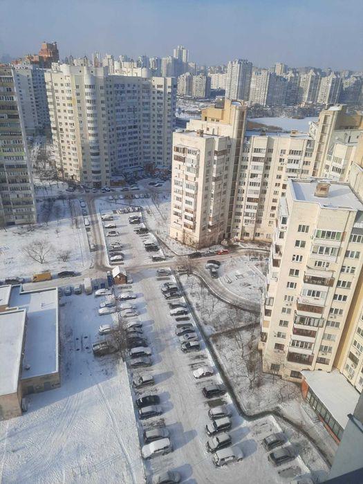 Сдам долгосрочно 1 к, г. Киев                               в р-не Позняки возле м. <strong>Харьковская</strong>                                  фото