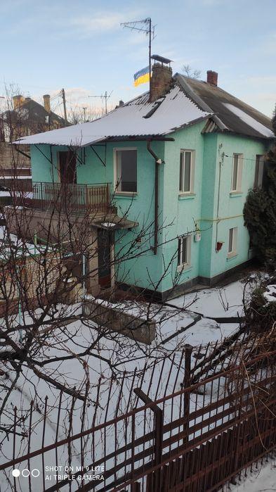 Сдам долгосрочно пол дома, г. Киев                               в р-не Печерск возле м. <strong>Дружбы народов</strong>                                  фото