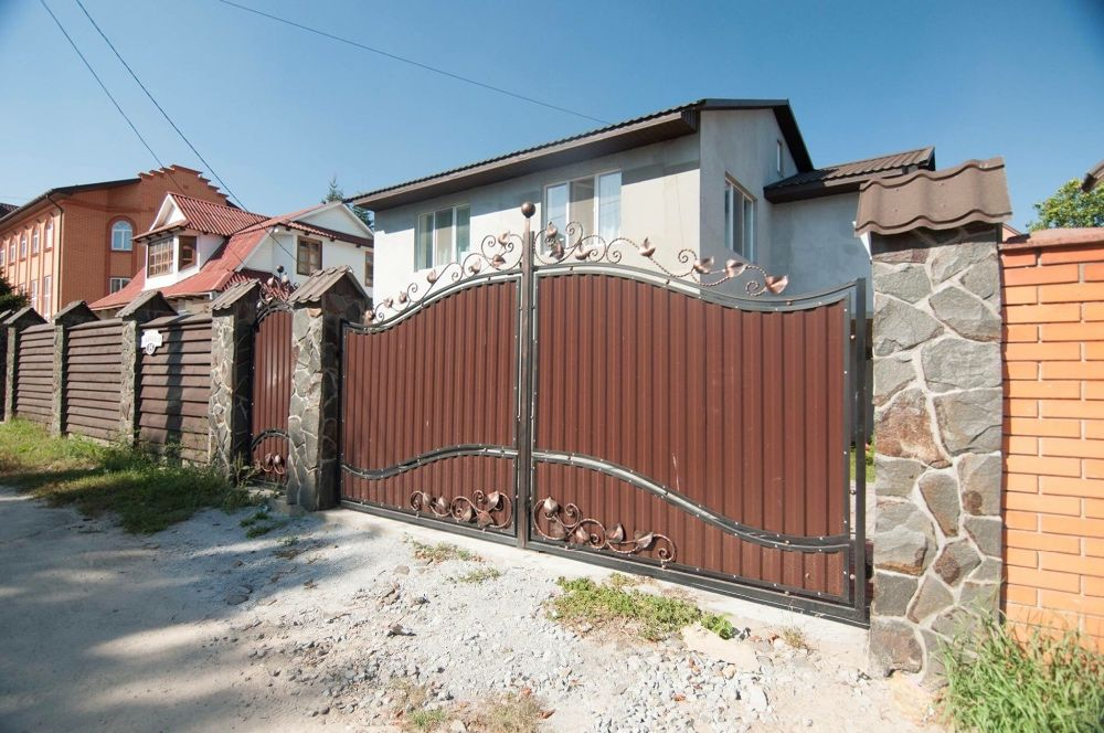 Сдам долгосрочно пол дома, г. Киев                               в р-не Сырец возле м. <strong>Дорогожичи</strong>                                  фото