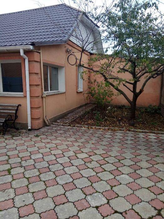 Продам ? пол дома, г. Киев                               в р-не Отрадный                                 фото