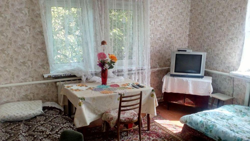 Сдам долгосрочно пол дома, г. Киев                               в р-не Демеевка возле м. <strong>Демиевская</strong>                                  фото