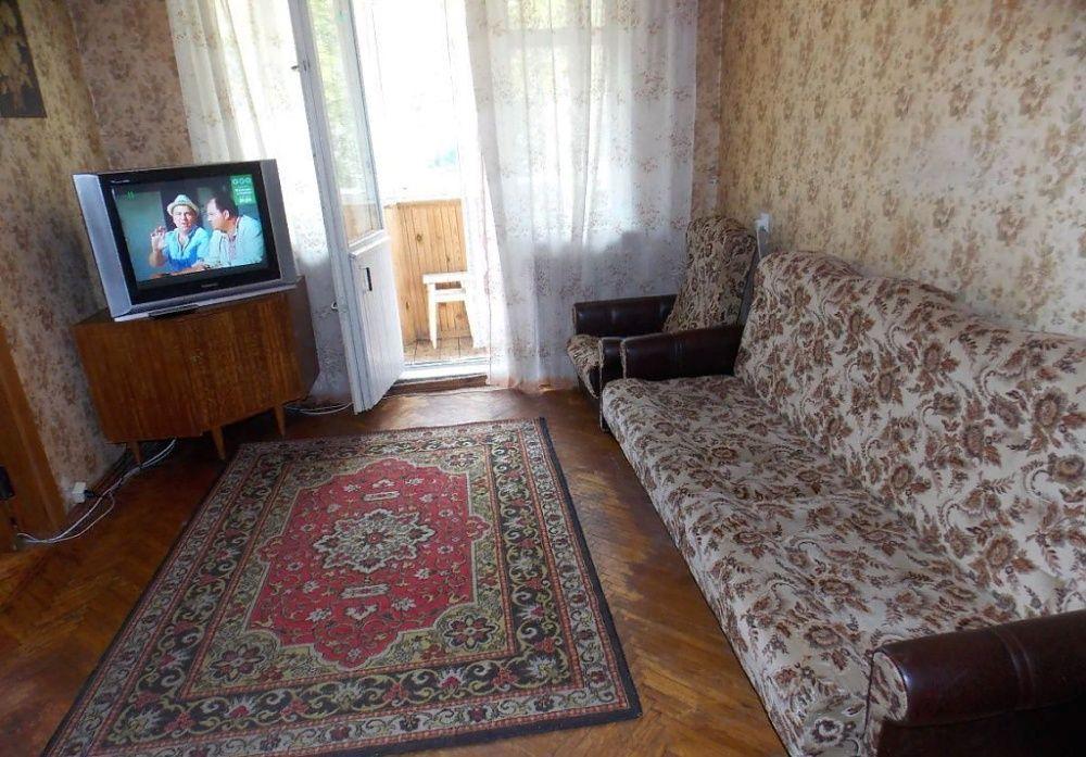 Сдам долгосрочно 2 к, г. Киев                               в р-не Нивки                                 фото