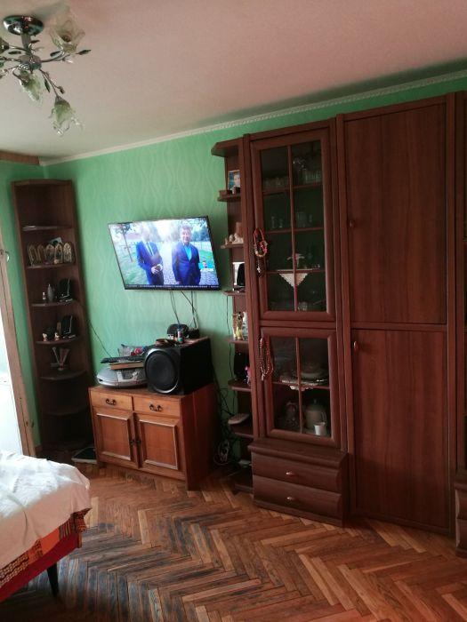 Продам ? гостинка, г. Киев                               в р-не Троещина                                 фото