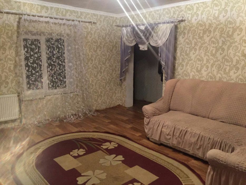 Продам ? пол дома, г. Одесса                               в р-не Ленпоселок                                фото