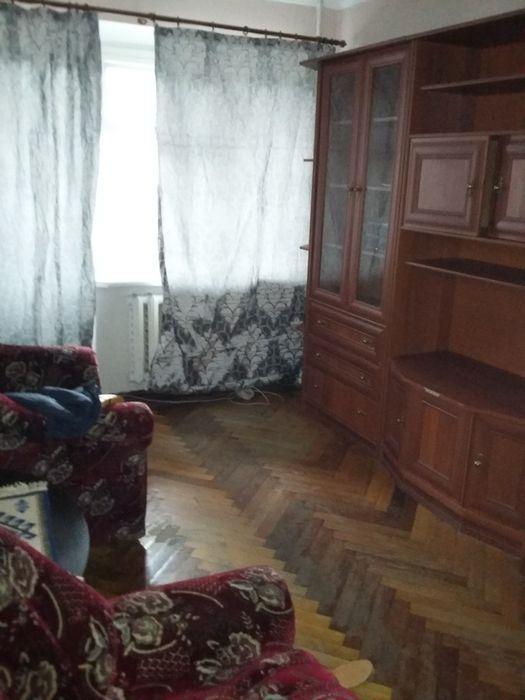 Сдам долгосрочно гостинка, г. Одесса                               в р-не Средний Фонтан                                фото